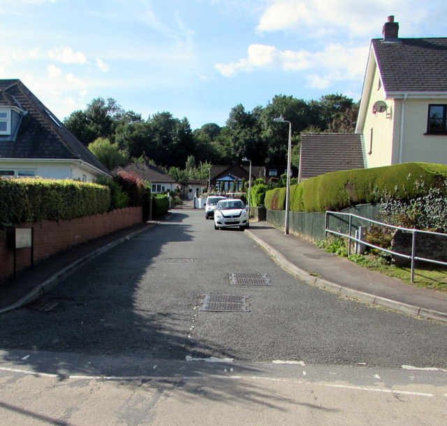 High Trees Road, Gilwern