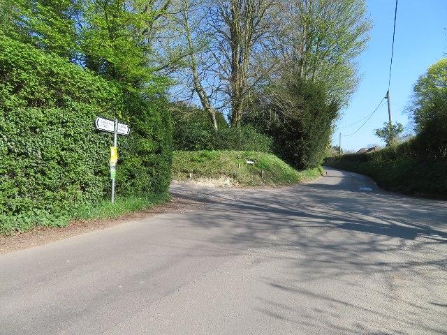 Rectory Road / Trenchards Lane