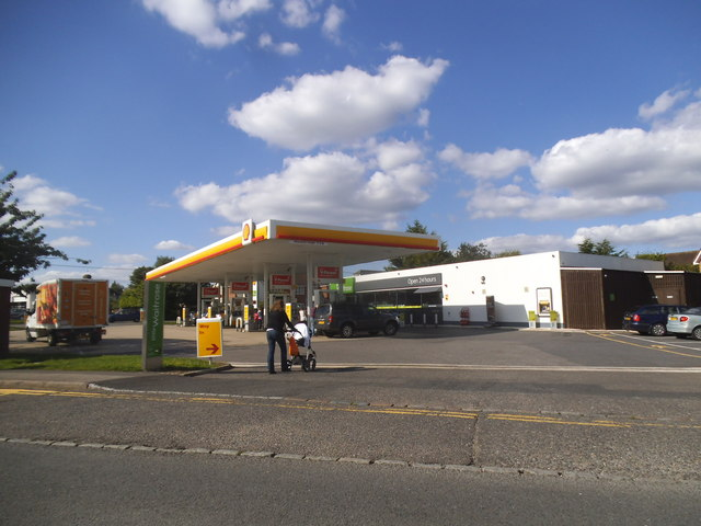 Shell petrol station on Penn Road, Hazlemere