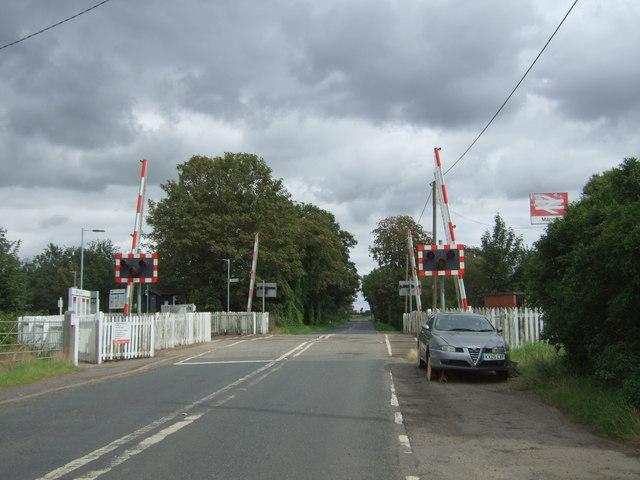 Level crossing near Manea Railway Station