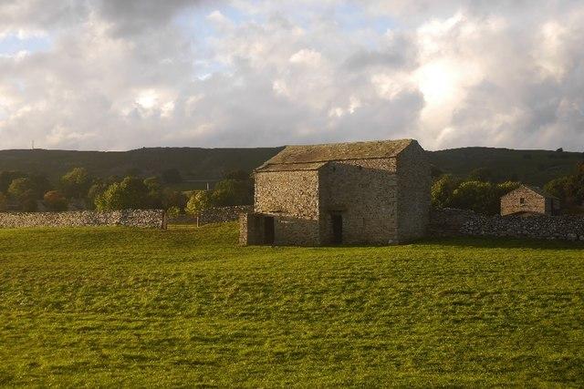 Barns off Low Lane
