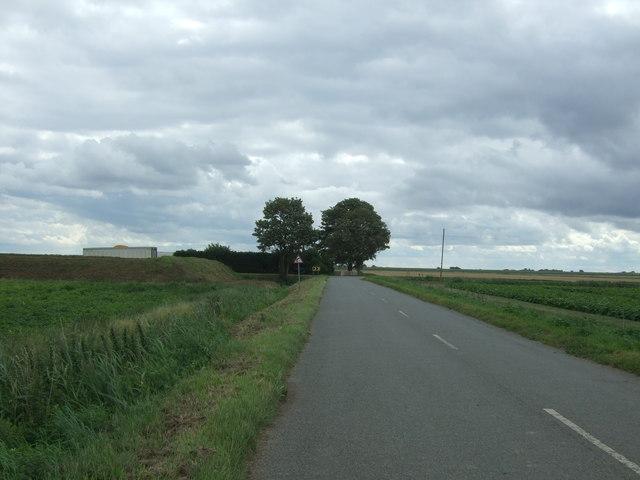 Minor road, Cows Common