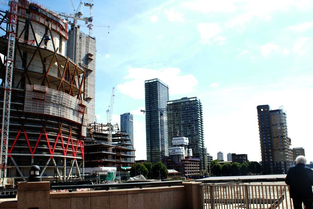 View of the Newfoundland construction site and buildings near Marsh Wall from Canary Riverside