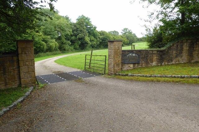 Entrance to Oakhill Lodge