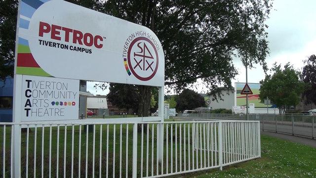 Tiverton : Tiverton High School & Petroc