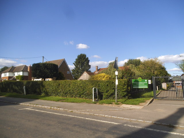 Main Road, Lacey Green
