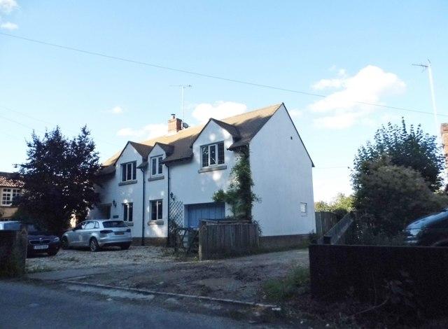 Cottage on Thame Road, Long Crendon