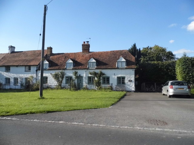 Cottages on Bicester Road, Lower End