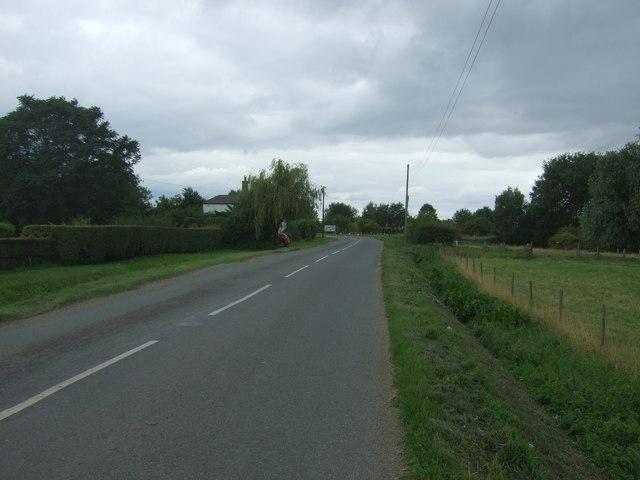 Approaching Horseway Bridge
