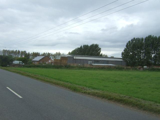 Farm buildings, How Fen