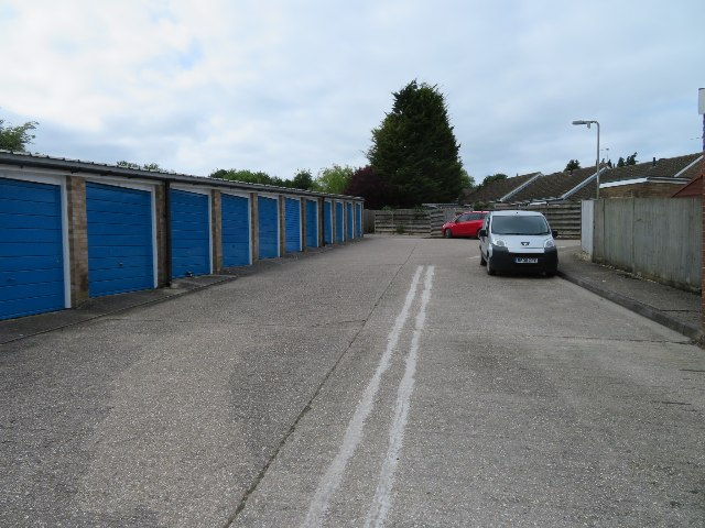Sunny Mead garages
