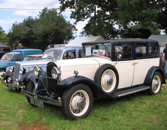1931 Humber Snipe saloon