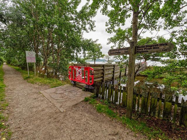 Footbridge over the River Peffery