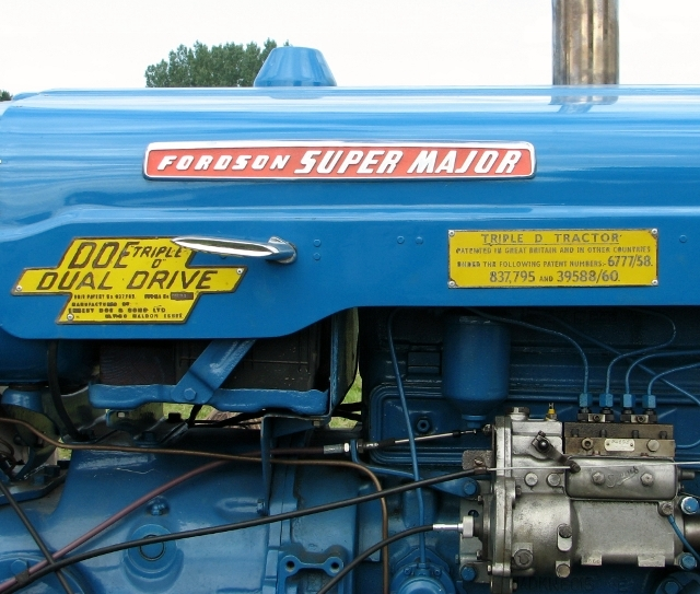 Doe Triple D tractor - detail