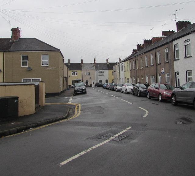 Bend in London Street, Newport