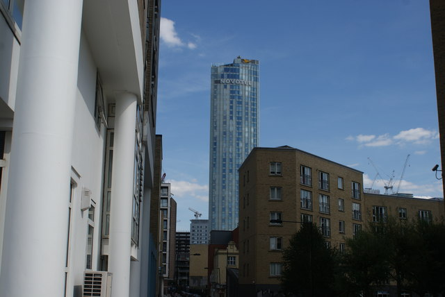 View of the Hotel Novotel Canary Wharf from Cuba Street