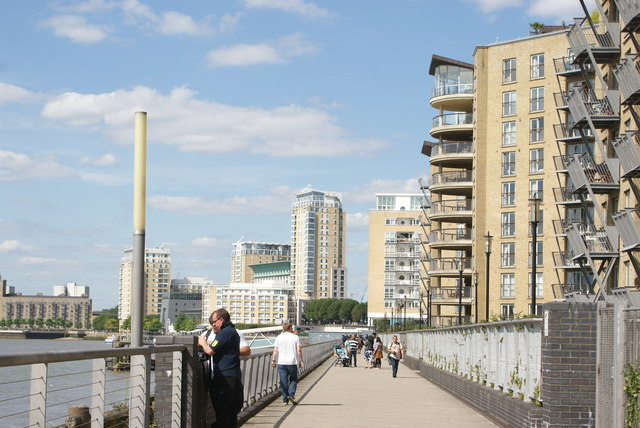 View of Canary Riverside apartments from the Thames Path