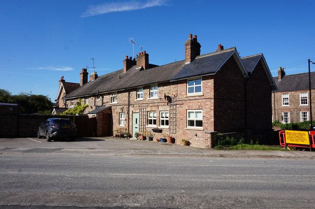Fordlands Road, Fulford