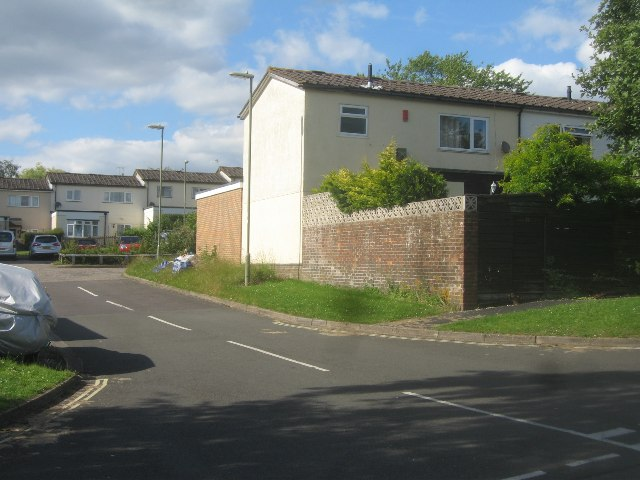 Houses off Kenilworth Road