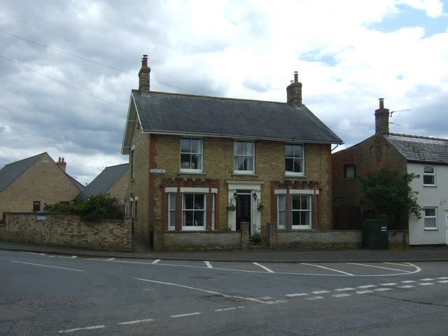 House on Aldreth Road, Haddenham