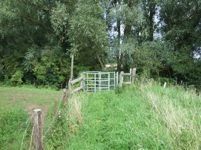Footpath, River Great Ouse flood bank