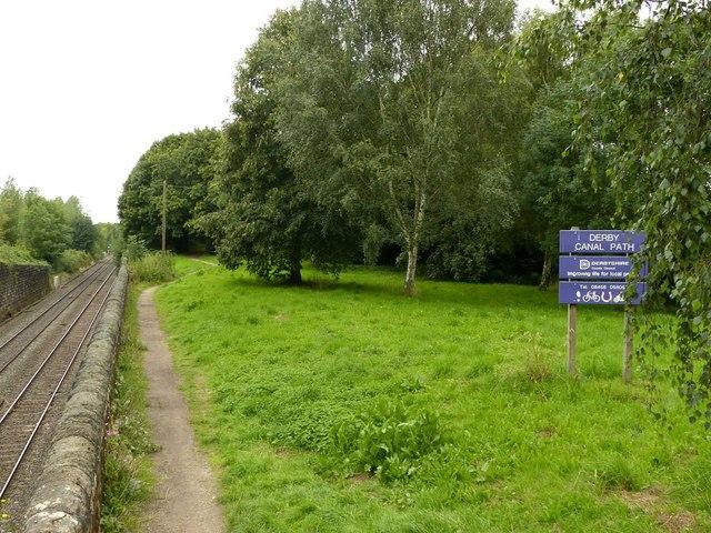 Derby Canal path at Borrowash