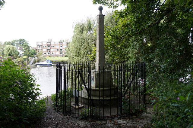 The Teddington Obelisk