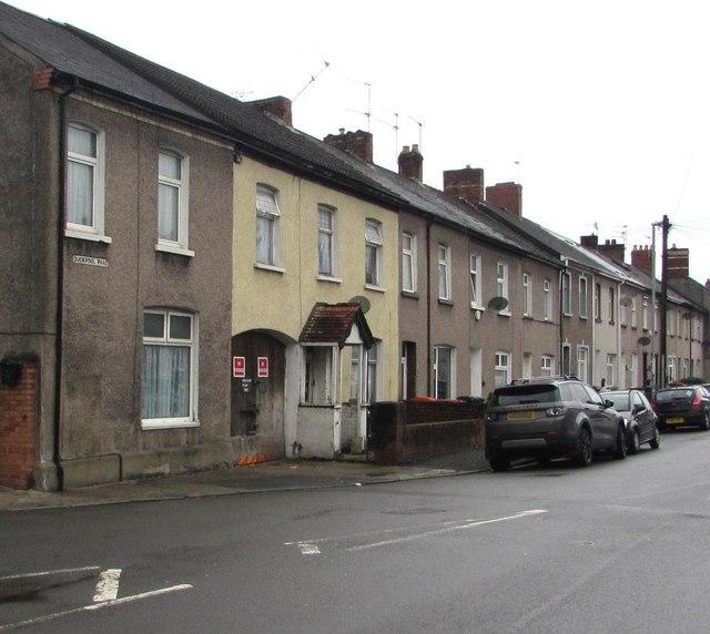 Duckpool Road houses, Newport