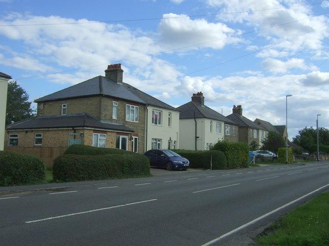 Houses on Horningsea Road (B1047), Fen Ditton