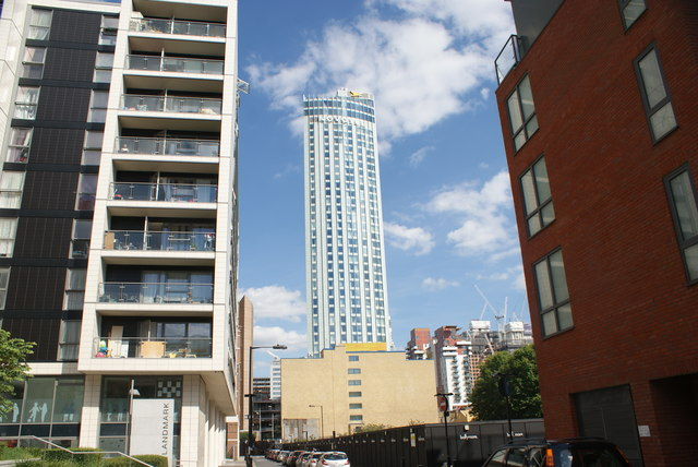 View of Hotel Novotel Canary Wharf from Cuba Street