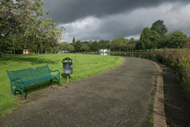 Path beside the pond, Knightswood Park