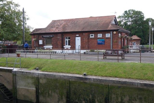 Building at Teddington Lock