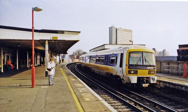 Lewisham, Mid-Kent lines with Up train, 2000