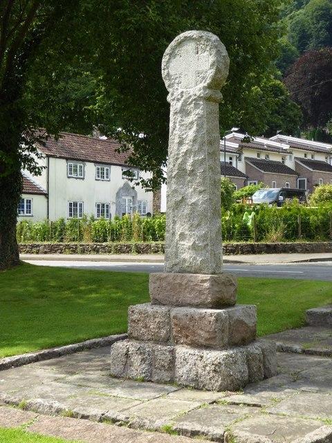 Llandogo war memorial