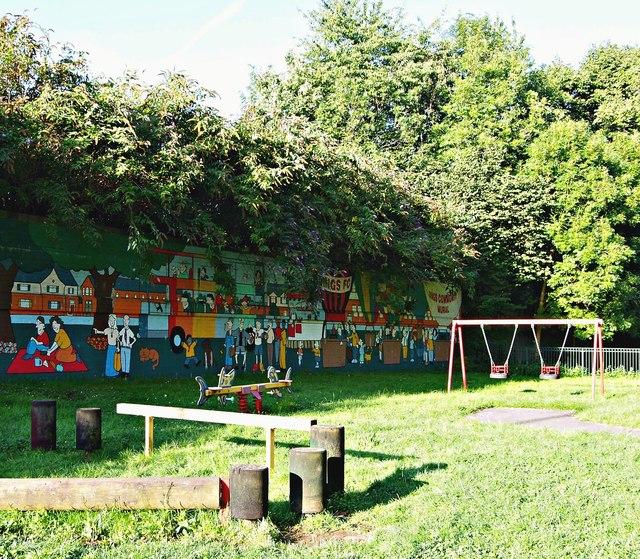 Dings Park, St Philips, Bristol 2 © David Hallam-Jones cc-by-sa 2.0 ... f5552a4d4b