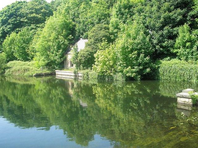 Lower Dam Linacre Reservoir near Chesterfield