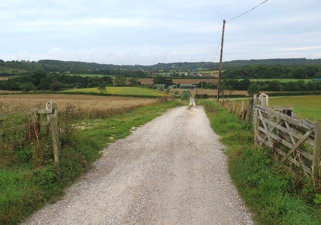 Public footpath R13 towards Little Duxmore, Isle of Wight