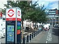 TQ2781 : London Cycle hire station on Bell Street by David Anstiss