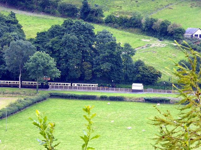 An afternoon 'up' train running through Nantyronen