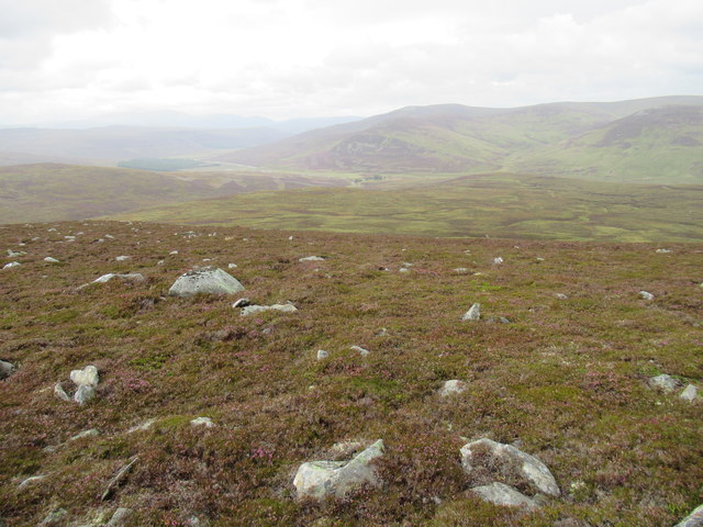 Looking downridge from Cnapan nan Clach above Bynack Lodge near Braemar
