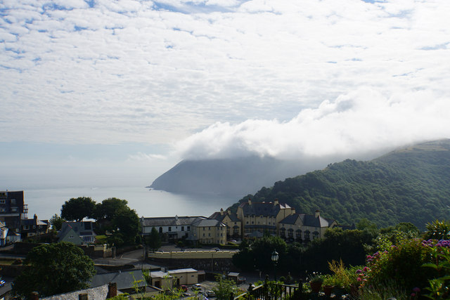 Morning mist at Lynton