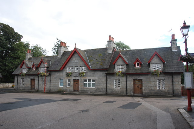 1-3 The Square, Monymusk