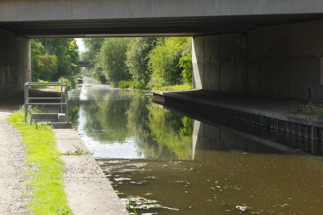 Grand Union Canal (Slough Arm), near Iver
