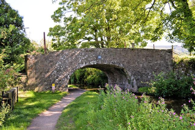 Llanwenarth Bridge ( No 99), Mon and Brec canal