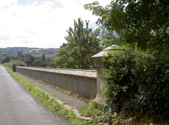 Blagdon reservoir road