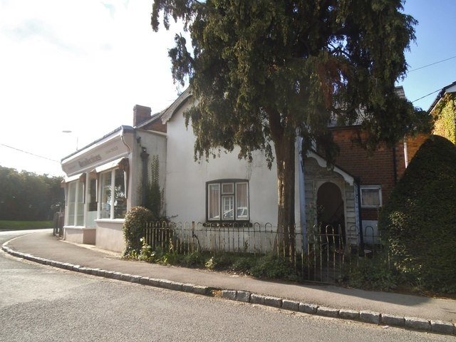 Lower Road, Chinnor