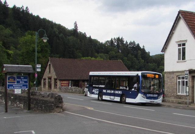 Chepstow bus in Tintern