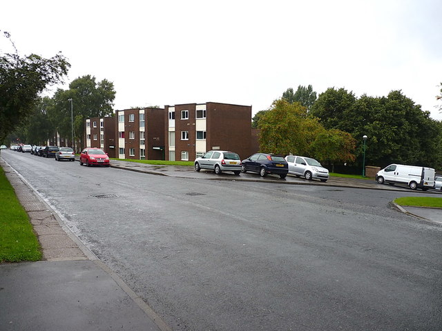 Flats in Stockland Green