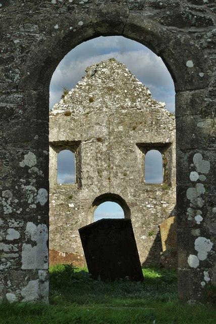 Girthon - ruins of the parish church