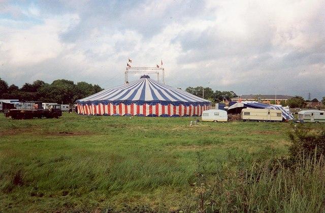 Loddon Bridge Reading Circus